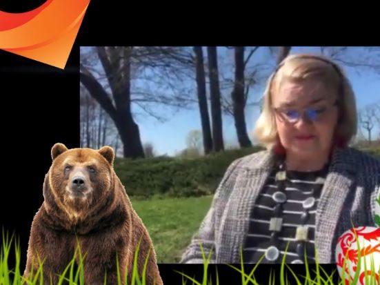 czytanie bajki o niedźwiadku